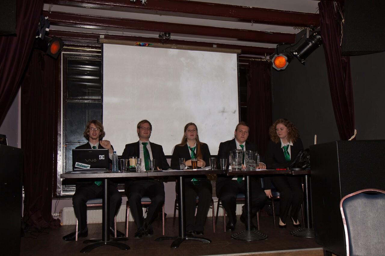 Wilma Schrijver - Voorzitter  Johan Weultjes - Secretaris  Henk-Jan van Laar - Penningmeester  Matthias Bultje - Vicevoorzitter  Daphne Duenk - Ad Secundus